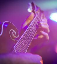 ELLNORA Guitar